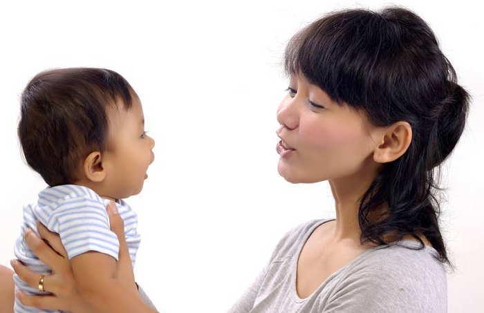 Cara mengajari anak berbicara dengan cepat